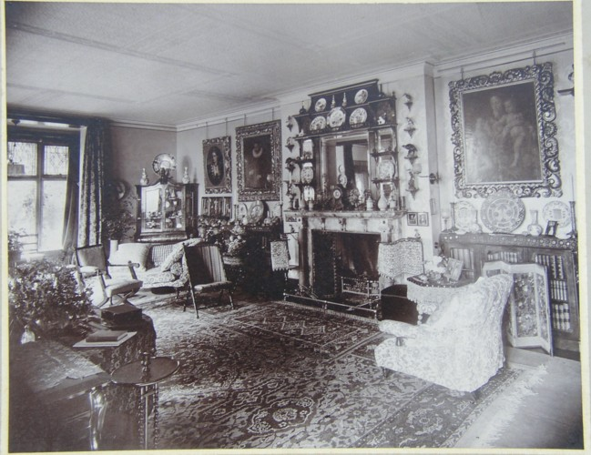 Redlands House interior 1